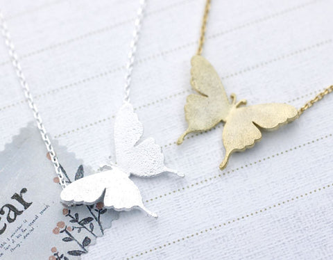 Butterfly Statement necklace in 2 colors