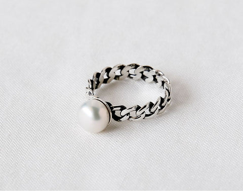 925 Sterling Silver Pearl point and Chain Band Statement ring