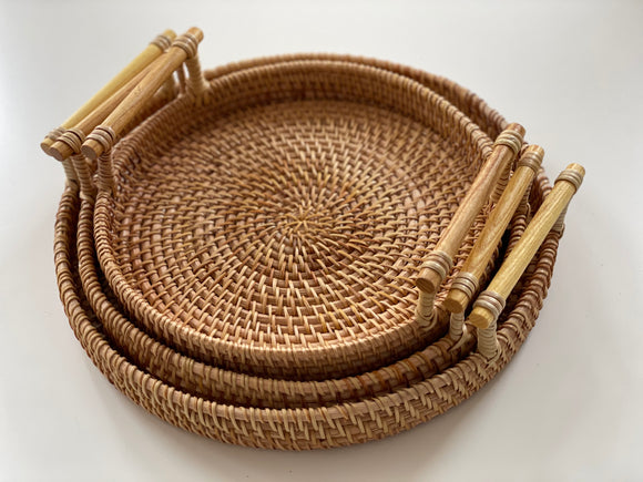 Rattan round tray with handles