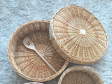 Large natural willow basket with lid 39cm D
