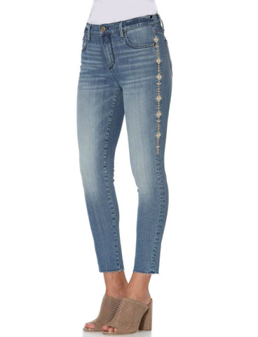 Driftwood Jackie Crop Jean in Sanger at 42 Saint