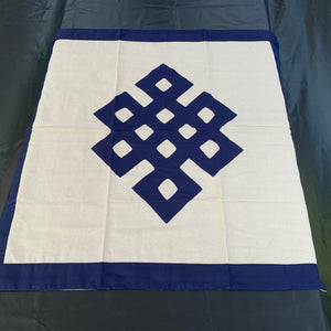Table cloth square dark blue endless knot front