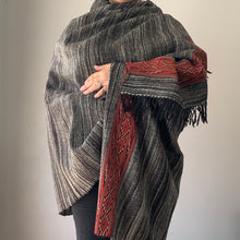 Load image into Gallery viewer, Genuine Yak Wool Shawl