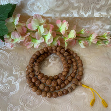 Load image into Gallery viewer, Bodhi Seed 108 Bead Mala
