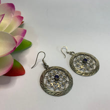 Load image into Gallery viewer, Mandala Earrings