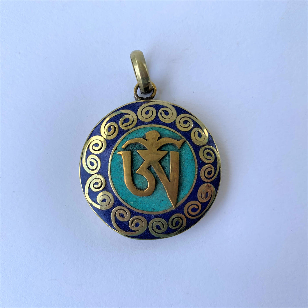 pendant round with OM syllable with lapis lazuli & turquoise
