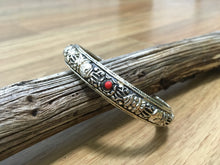 Load image into Gallery viewer, Silver bracelet with red coral and vajra design