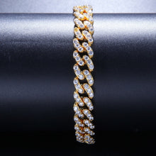 Laden Sie das Bild in den Galerie-Viewer, 9mm Cuban Link Armband