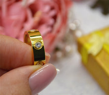 Laden Sie das Bild in den Galerie-Viewer, Love Ring