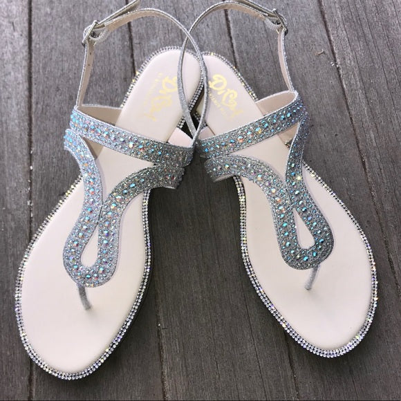 Diva Sandals Silver or Champagne
