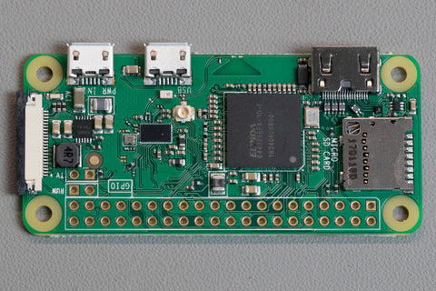 Raspberry Pi Roundup with a Windows 98 watch, a couple of