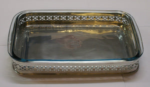 Rectangular tray with detail and pyrex - DeCampos
