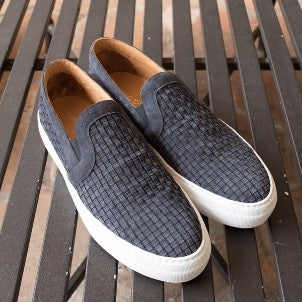 Armando Cabral: Bowery Slip on (black)