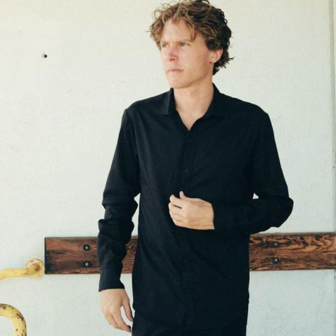 Canvas . Malibu: Micro Wide Collared Button Down (black w. black dots)