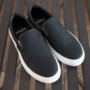 Diemme: Garda . Rubberized Leather (black)