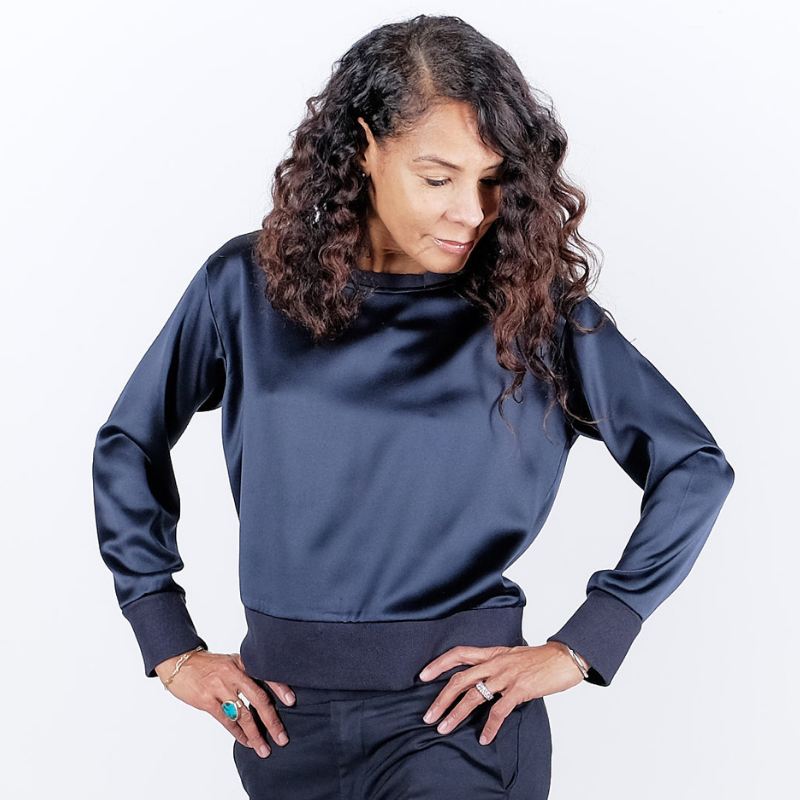 Canvas . Malibu (woman): Sweatshirt Deluxe Silk (navy)