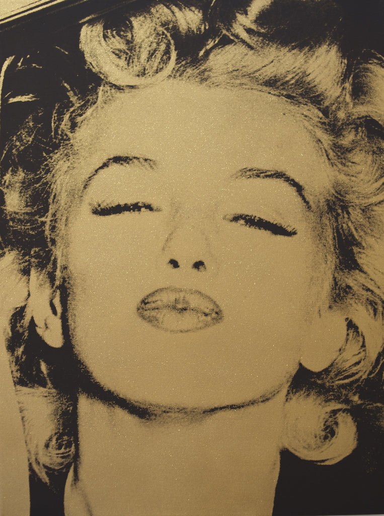Marilyn's Kiss (Gold)