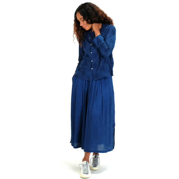 Blue Blue Japan (woman): Rayon Tuck Skirt (indigo)
