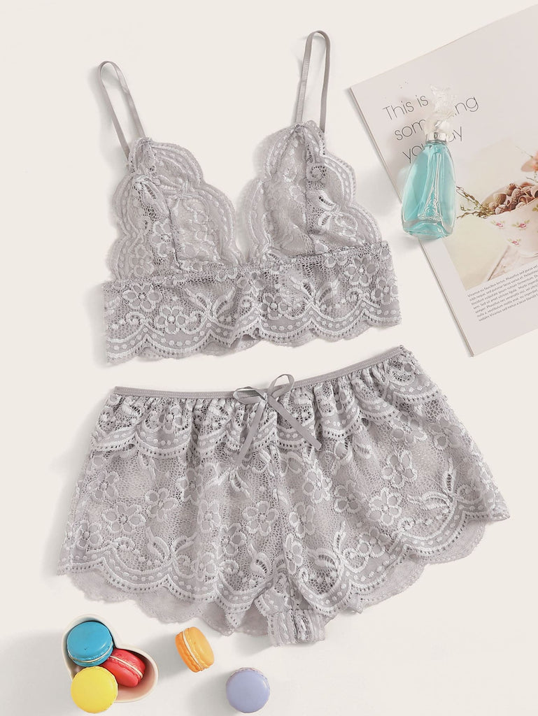 SHEIN | Floral Lace Scalloped Trim Bralette With Shorts - Yashry