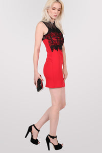 Lace And Mesh Trim Sleeveless Bodycon Dress in Red 3