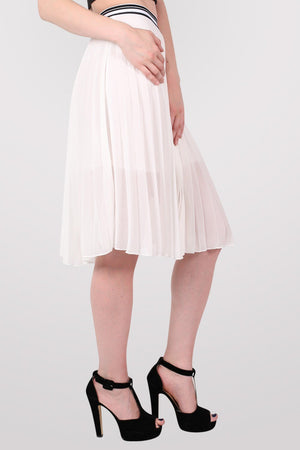 Pleated Midi Skirt in Cream 3