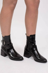 Strap And Buckle Detail Block Heel Ankle Boots in Black 0