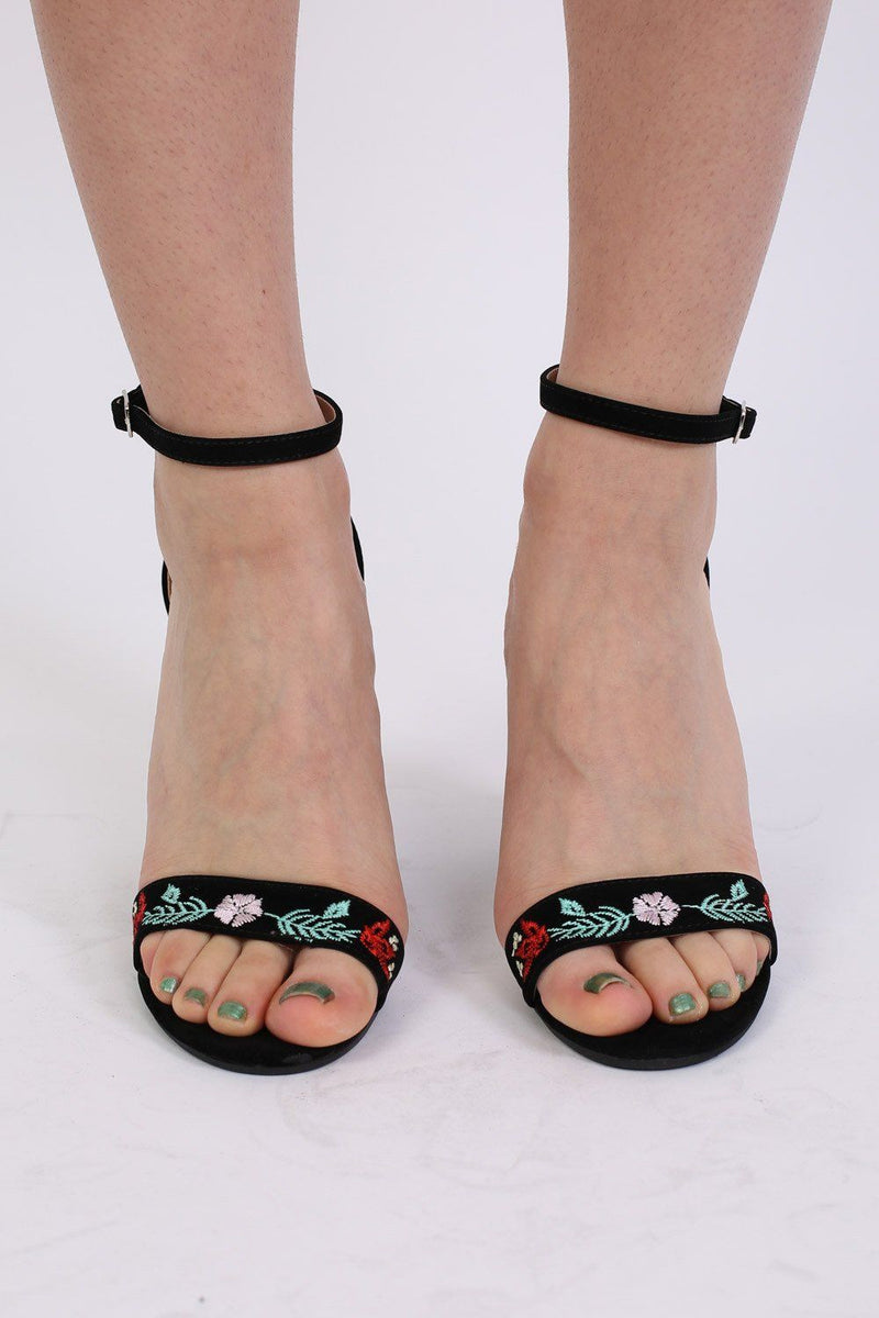 Floral Embroidered Block High Heel Sandals in Black 2