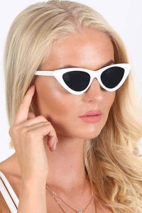 Slim Retro Cat Eye Sunglasses in White 1
