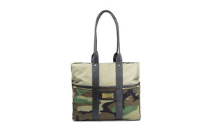 Camo Signature Zip Top Tote Bag