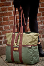 Green Signature Tote Bag