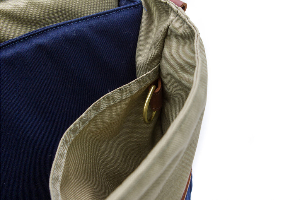 Messenger Bag - Signature Messenger - Blue