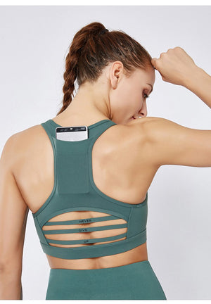 Never Give Up Training Sport Bra - Green - OUTCAST DISTRICT