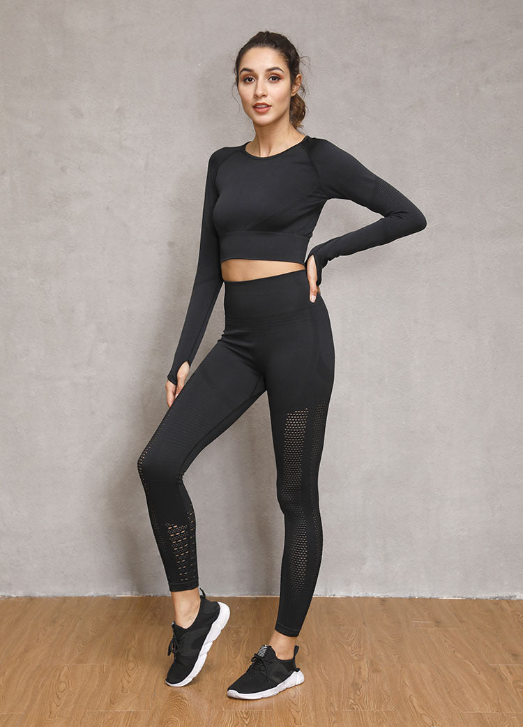 Seamless Change Long Sleeve Crop Top - Black - OUTCAST DISTRICT