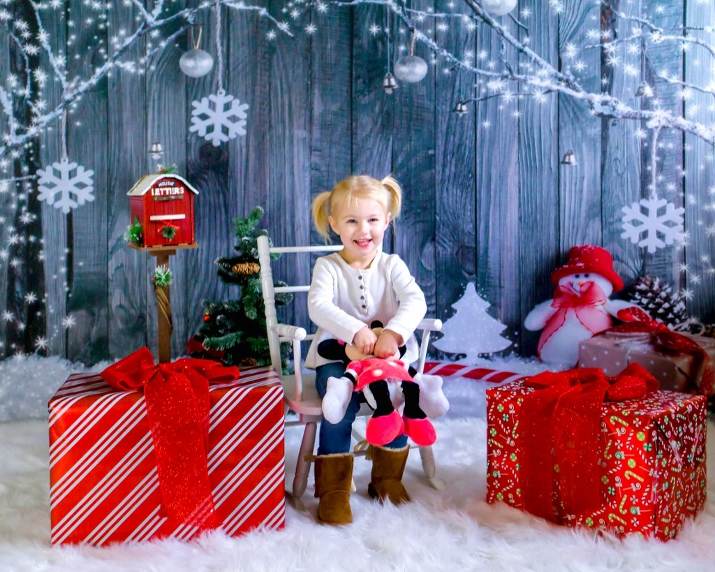 Grey Wood Wall Snowman Christmas Backdrop for Snowflake