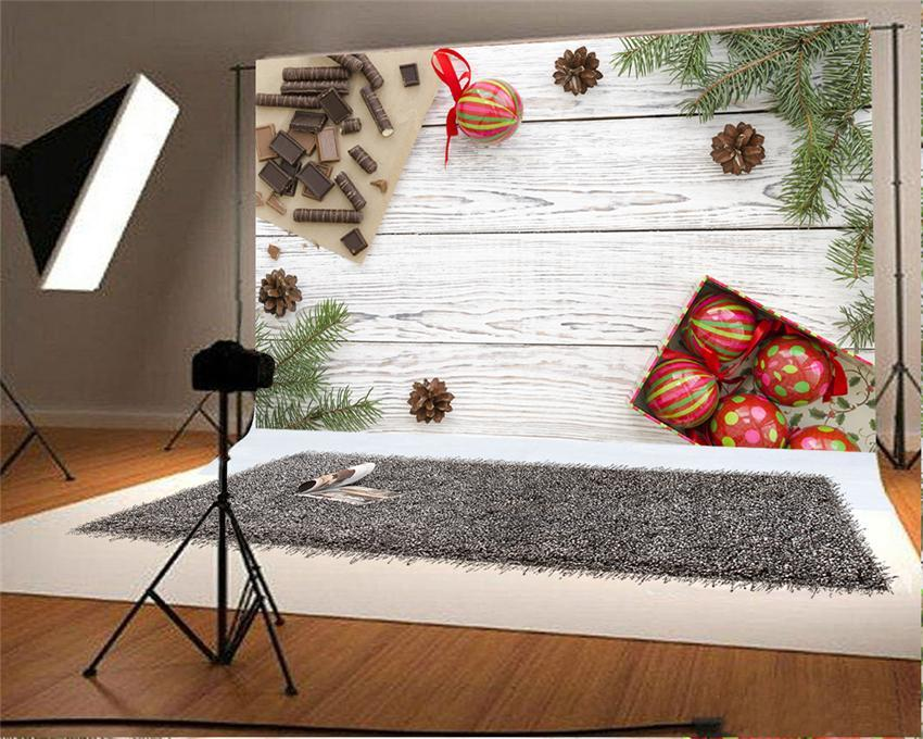 White Wood Wall Christmas Photo Backdrop