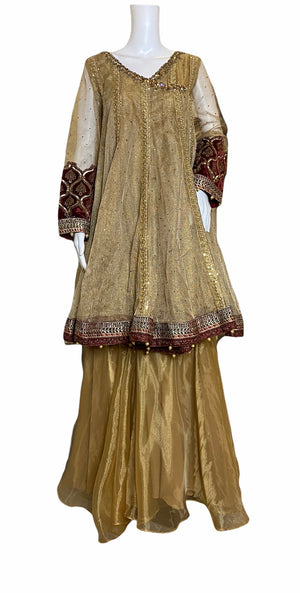 Le'VINTAGE- A VERY CLASSIC ANGARKHA AND ORGANZA GHARARA- SIZE MEDIUM/LARGE
