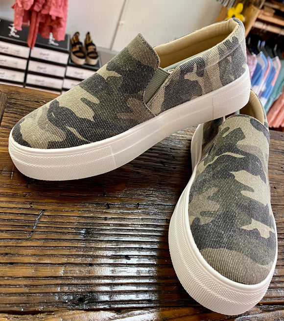Willow Sneakers - Camouflage