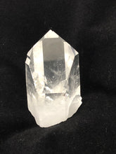 Load image into Gallery viewer, clear quartz crystal point