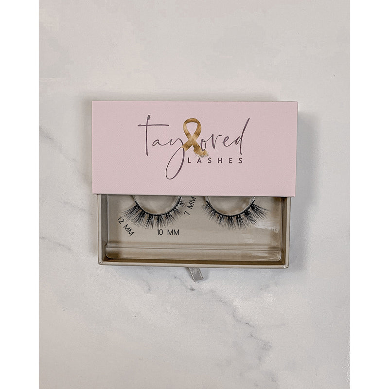 hey good lookin' Taylored Lashes