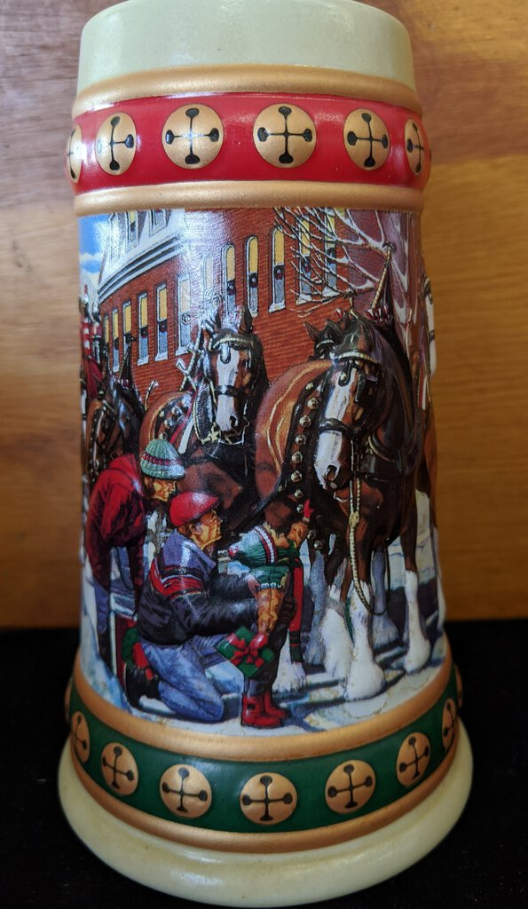 1993 BUDWEISER HOLIDAY STEIN CLYDESDALES - Hometown Holidays