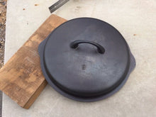 Load image into Gallery viewer, Iron Mountain #8 Cast Iron Skillet Lid