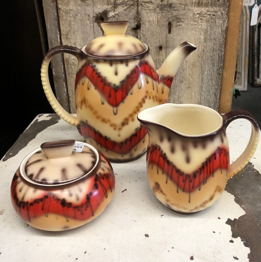 Gorgeous Orange/Brown Coffee Pot and Creamer/Sugar Set