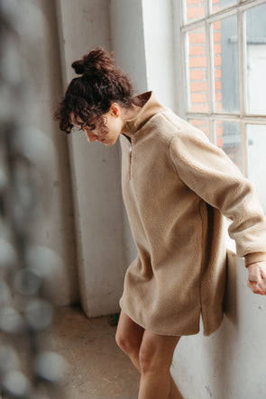 Larna Long Teddy Pullover