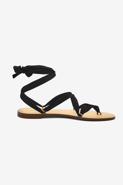 Cancun Sandal - Rarámuri - Leather sandal with 5 loops and a black suede ribbon