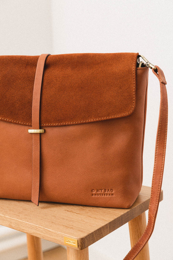 Ella Bag Eco Wild Oak - O My Bag - leather suede camel brown bag gold hardware strap medium size