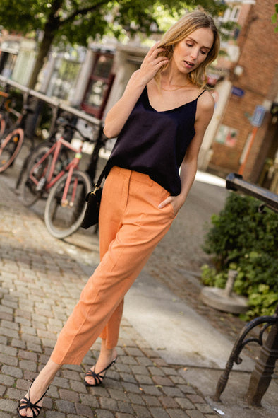 Emilo Porta Cropped Pants Caramel - Selected Femme - ankle length pleated trousers pants button