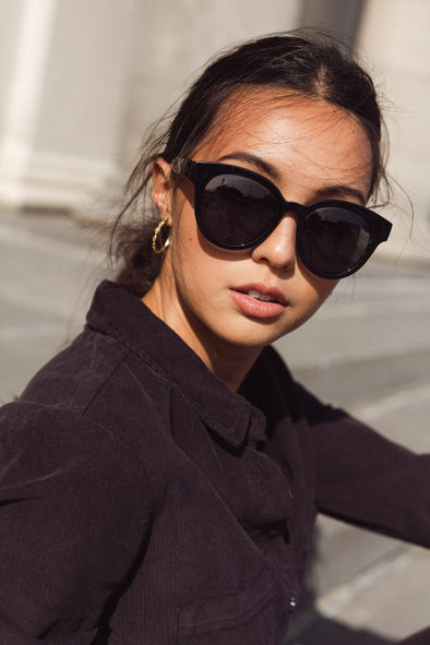 Zeila All Black Sunnies
