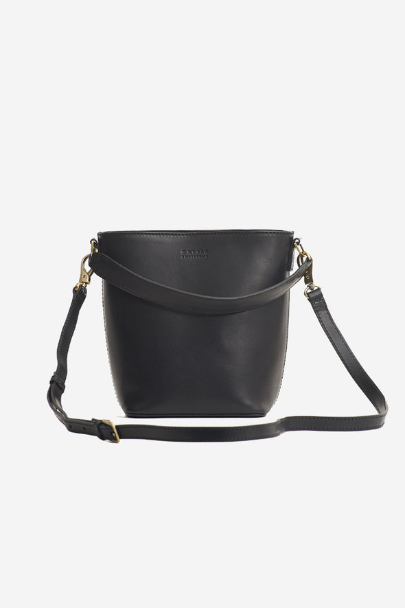 Bobbi Bucket Bag Black Classic Leather