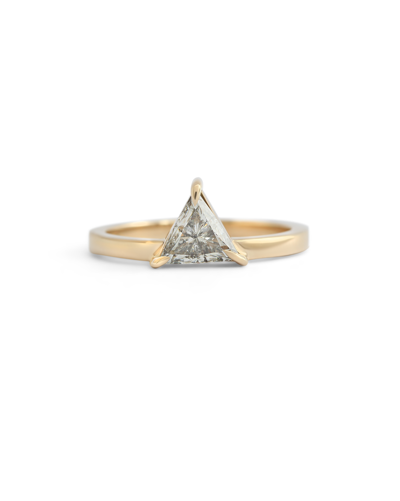 Giza Ring / White Triangular Diamond