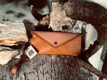 Load image into Gallery viewer, The Jennie | Leather Wristlet